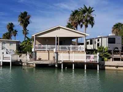 Port Isabel Single Family Home For Sale: 138 E Bonnet Circle