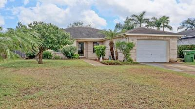 Laguna Vista Single Family Home For Sale: 27 Lakewood Dr.