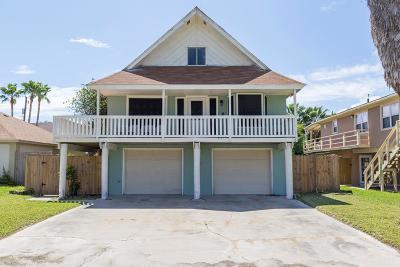 South Padre Island Single Family Home For Sale: 113 E Huisache St.
