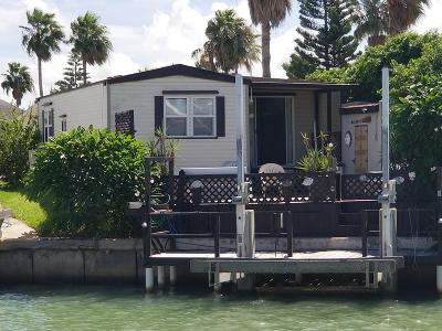 Port Isabel Single Family Home For Sale: 677 E Clam Circle