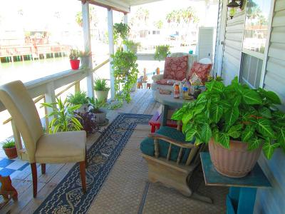 Port Isabel Single Family Home For Sale: 665 E Clam Circle #665