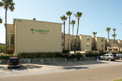 South Padre Island Rental For Rent: 104 E Parade Dr. #22