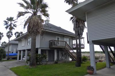 Port Isabel Single Family Home For Sale: 35 W Scallop