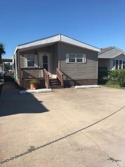 Port Isabel Single Family Home For Sale: 369 Sand Dollar Dr