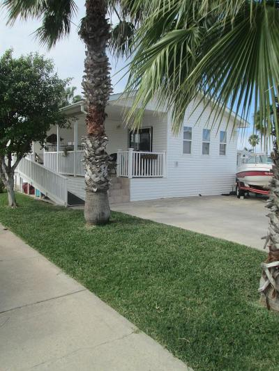 Port Isabel Single Family Home For Sale: 534 W Clam Circle #534