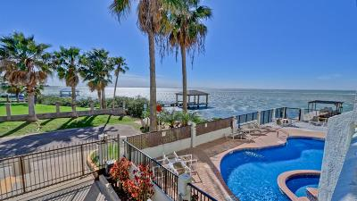 South Padre Island Condo/Townhouse For Sale: 220 W Cora Lee Dr. #105