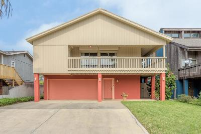 South Padre Island Single Family Home For Sale: 116 E Esperanza St.