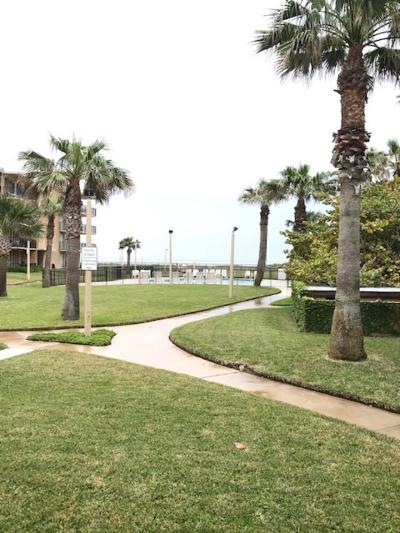 South Padre Island Condo/Townhouse For Sale: 600 Padre Blvd. #104