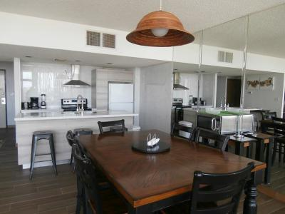 Bayview, Laguna Heights, Laguna Vista, Port Isabel, South Padre Island Condo/Townhouse For Sale: 1000 Palm Blvd #318