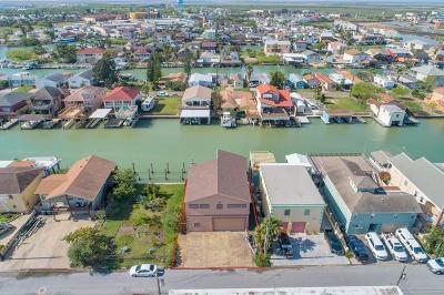 Port Isabel Single Family Home For Sale: 913 Tarpon Ave