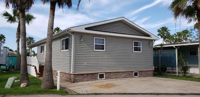 Port Isabel Single Family Home For Sale: 718 E Clam Circle