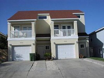 South Padre Island Condo/Townhouse For Sale: 202-B W Retama St. #B