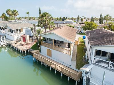 Port Isabel Single Family Home For Sale: 869 W Oyster Dr.