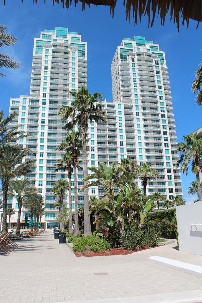 Condo/Townhouse For Sale: 310a Padre Blvd. #2306