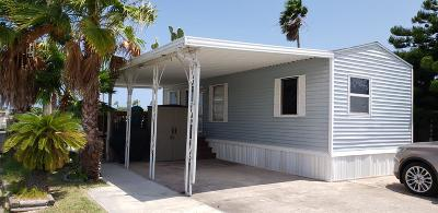 Port Isabel Single Family Home For Sale: 442 Cockle Dr.