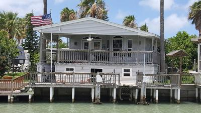 Port Isabel Single Family Home For Sale: 710 E Clam Circle #710