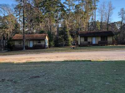 Hemphill TX Single Family Home For Sale: $175,000