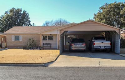 Seminole TX Single Family Home For Sale: $164,900