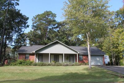 Brookeland Single Family Home For Sale: 204 Barkwood Dr.