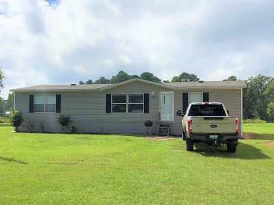 Broaddus Manufactured Home For Sale: 200 Pr 8464