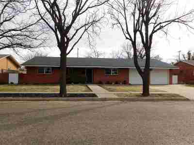 Single Family Home For Sale: 709 N 21st