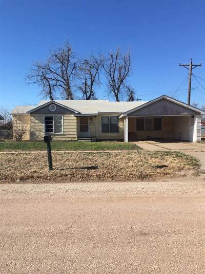 Single Family Home For Sale: 706 Mercer