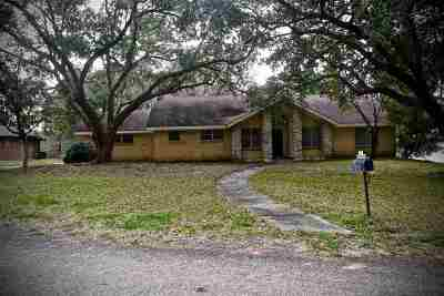 Brookeland Single Family Home For Sale: 663 Masters Blvd