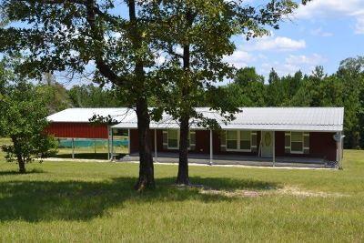 Huntington, Zavalla, Brookeland, Etoile, Broaddus, Bronson Manufactured Home For Sale: 806 Deer Park Dr.