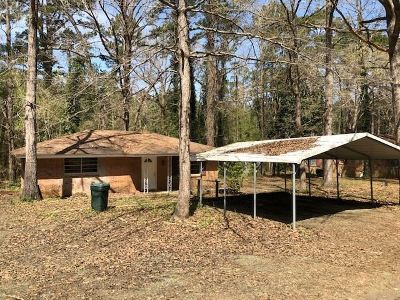 Hemphill TX Single Family Home For Sale: $55,000