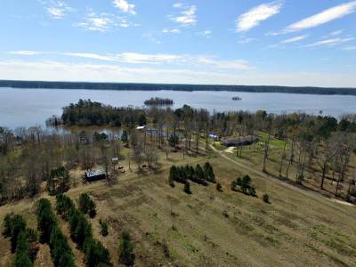 Angelina County, Jasper County, Nacogdoches County, Newton County, Sabine County, San Augustine County, Shelby County Farm & Ranch For Sale: 1369 Busby Point