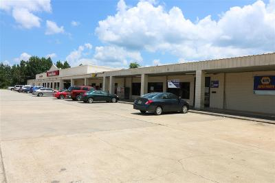 Newton Commercial For Sale: 615 W Court St.