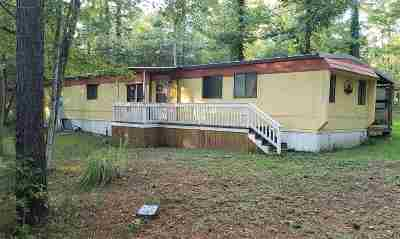 Burkeville Manufactured Home For Sale: 188 Cottonwood