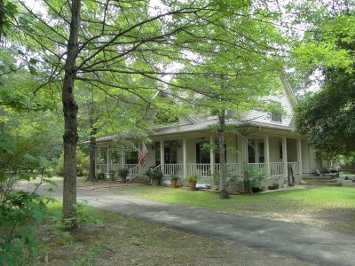 Single Family Home Sold: 394 Dogwood Forest Dr