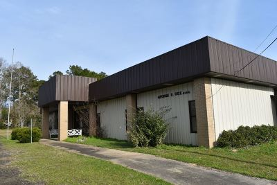 Angelina County, Jasper County, Nacogdoches County, Newton County, Sabine County, San Augustine County, Shelby County Commercial For Sale: 15544 Fm 777