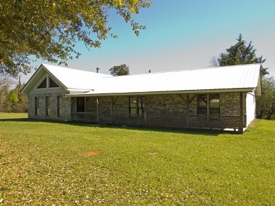 San Augustine Single Family Home For Sale: 943 St Hwy 103w