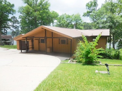 Burkeville, Hemphill, Hemphill Sub-division, Milam, Shelbyville Single Family Home For Sale: 440 Beechwood Loop