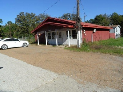 Broaddus Commercial For Sale: 603 S Hwy 147