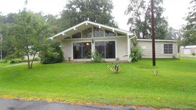 Burkeville Single Family Home For Sale: 132 Crestwood Drive