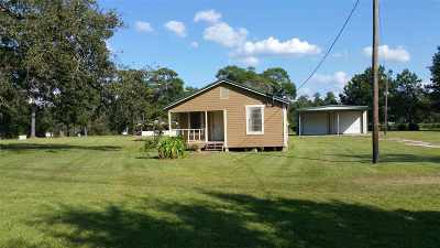 Buna Single Family Home Accepting Backups: 2135 County Road 777