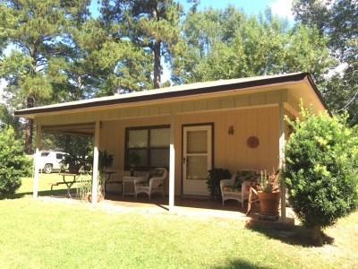 Hemphill TX Single Family Home For Sale: $84,900
