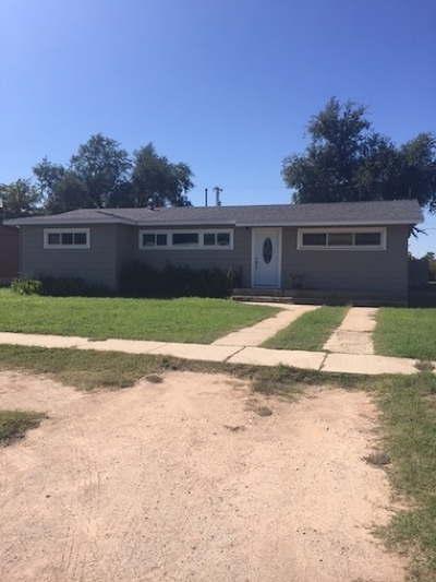 Single Family Home For Sale: 200 SW 13th