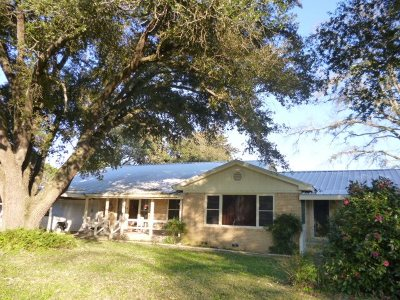 Single Family Home For Sale: 2501 Fm 252