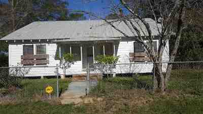 Newton County Single Family Home For Sale: 401 NW Gibbs Street