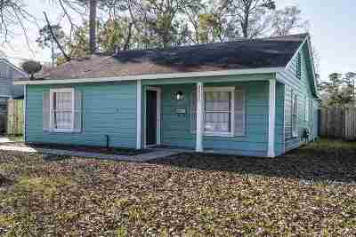 Single Family Home For Sale: 2025 W Lucas Drive