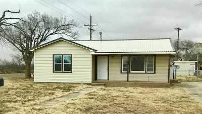 Seminole TX Single Family Home For Sale: $79,900