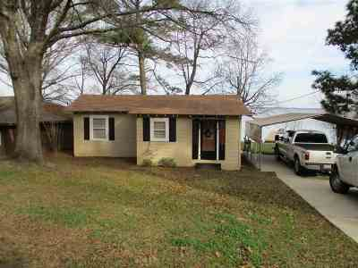Bon Weir, Bon Wier, Burkeville, Wiergate, Hemphill, Milam, Shelbyvile, Shelbyville Single Family Home For Sale: 309 SE Cr 2781