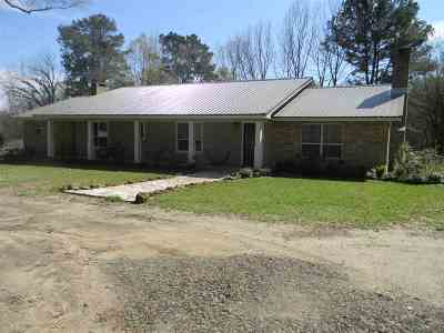 Center Single Family Home For Sale: 1557 Fm 138