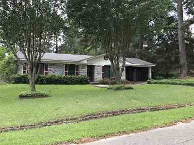 Center Single Family Home For Sale: 776 Pine Terrace