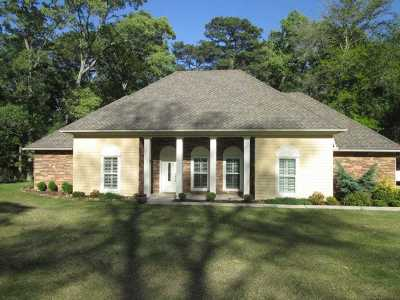 Hemphill Single Family Home For Sale: 234 Sam Houston