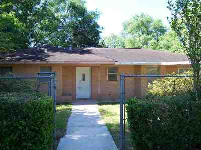 Kirbyville Single Family Home Accepting Backups: 405 E Lavielle St.